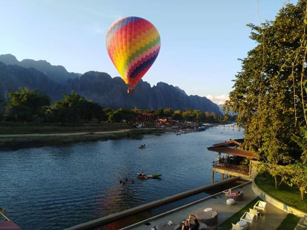 Hot Air Ballooning over Nam Song River  VangVieng.jpg