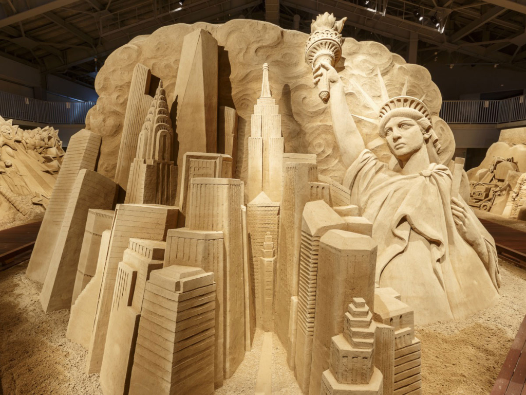 Tottori Sand Sculpture Museum.jpg.jpg