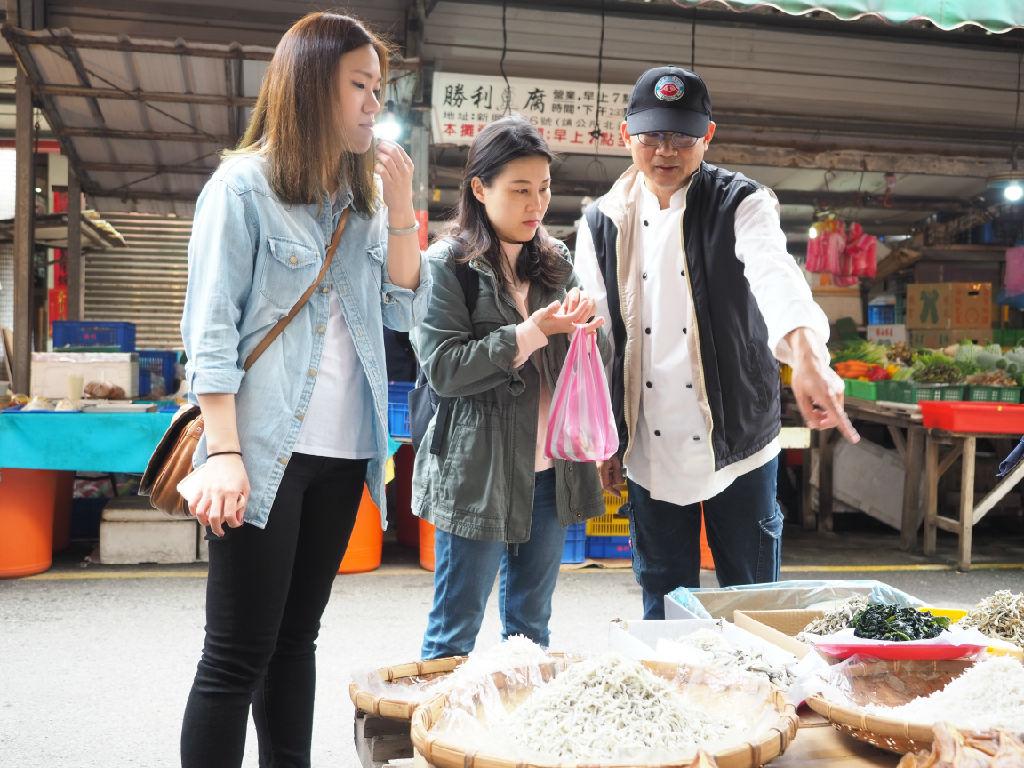 Farm Kitchen, Excursion to the traditional wet market  (飞牛牧场 - 市场巡礼)