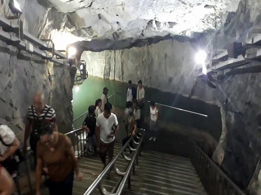 Zhandi Tunnel战地坑道