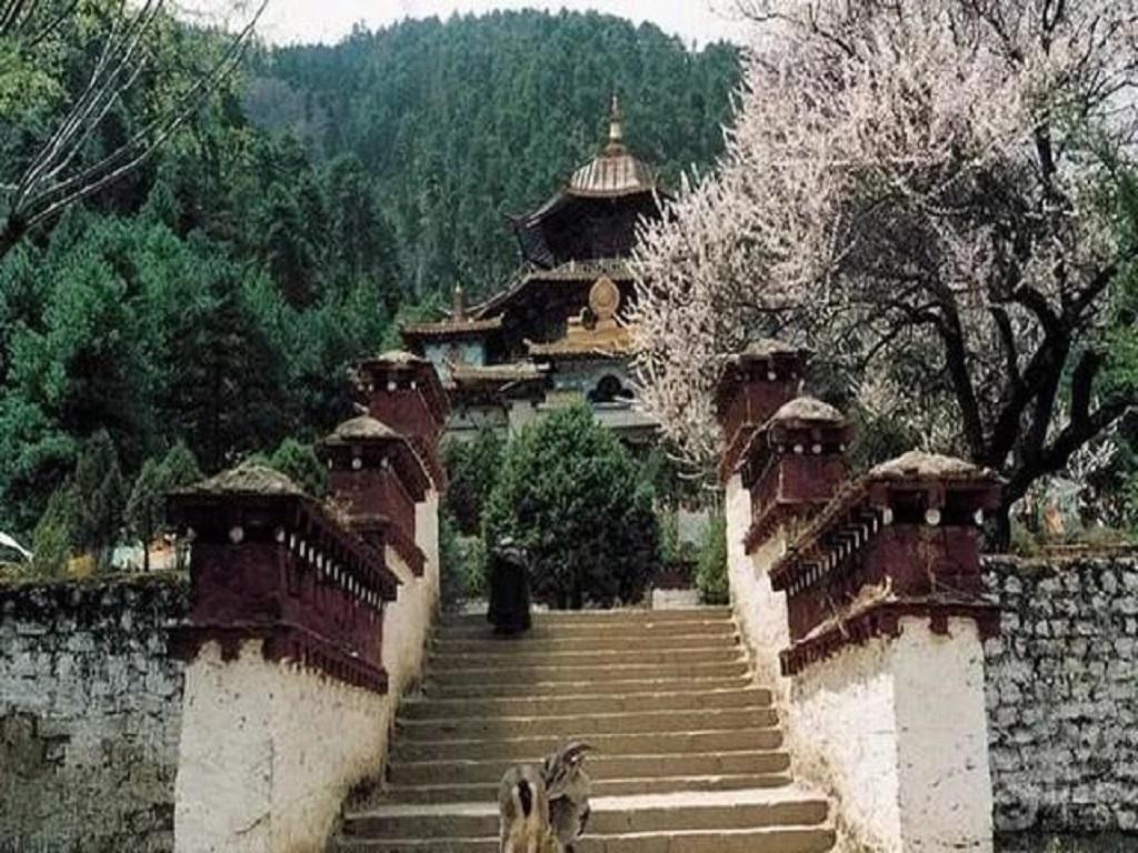 Buju Lamalin Temple布久喇嘛林寺