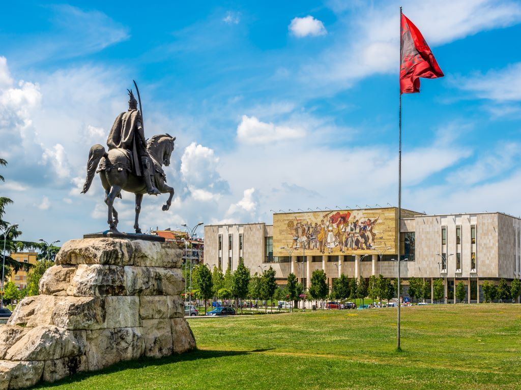 Day 08-03  National History Museum, Tirana (国家历史博物馆,地拉那)
