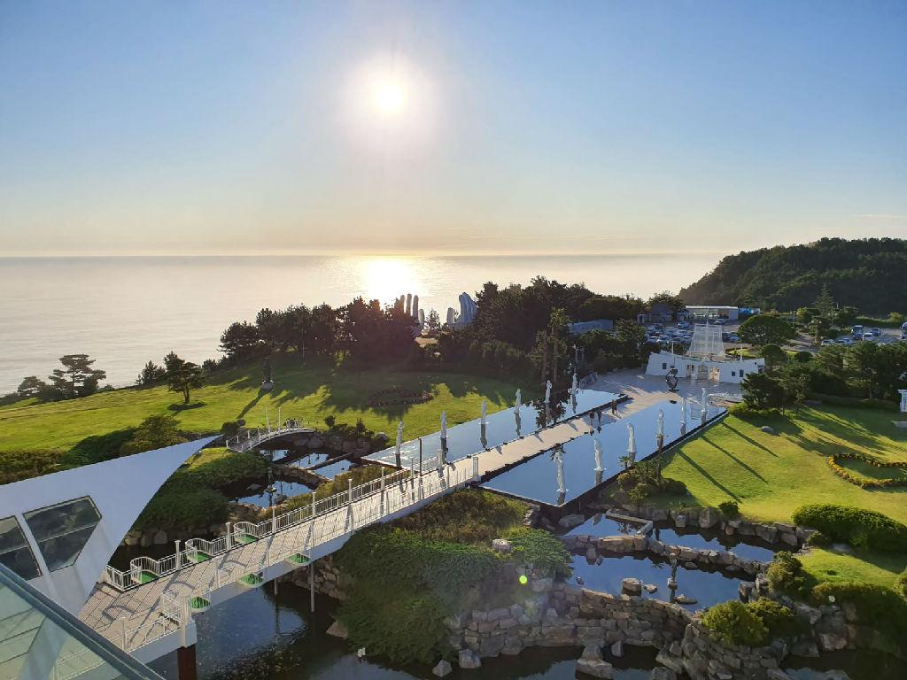Sun Cruise Resort (太阳游轮度假村)