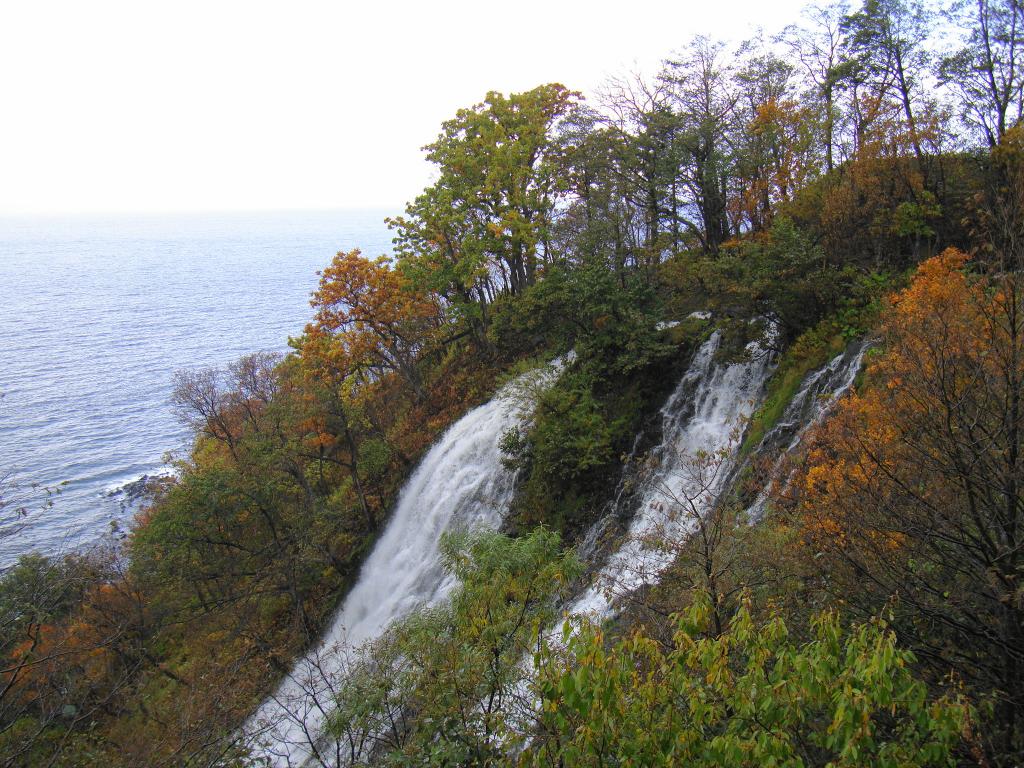 Oshinkoshin Falls / 双美瀑布