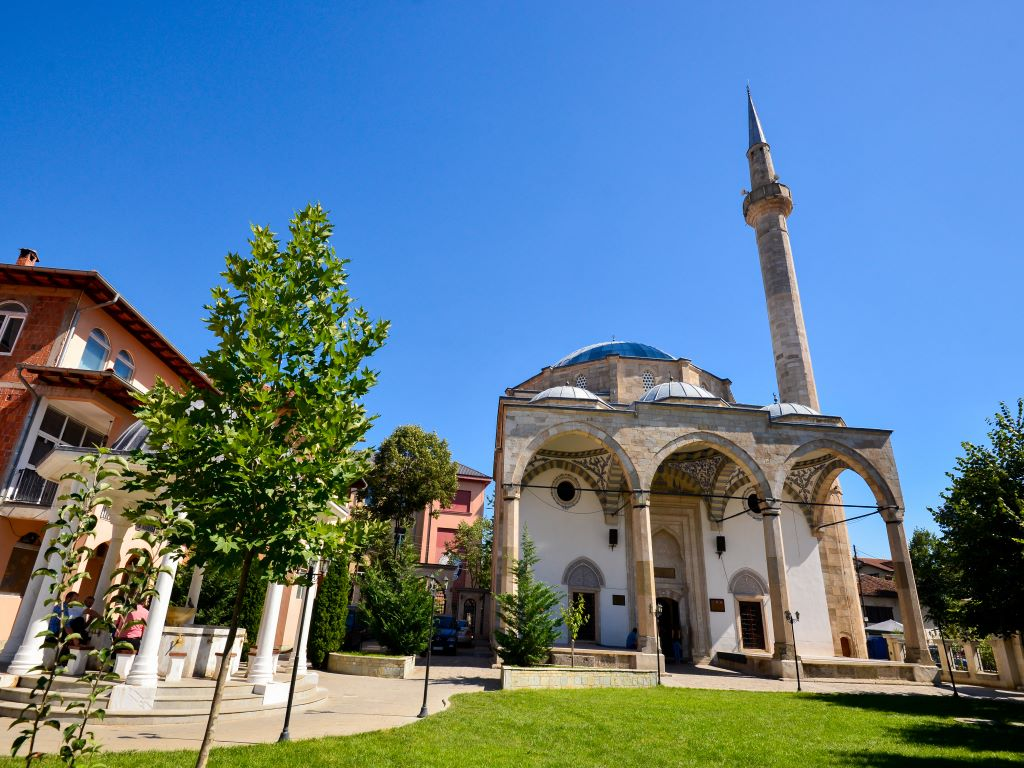 Day 09-02  Imperial Mosque, Pristina (清真寺,普里什蒂纳)