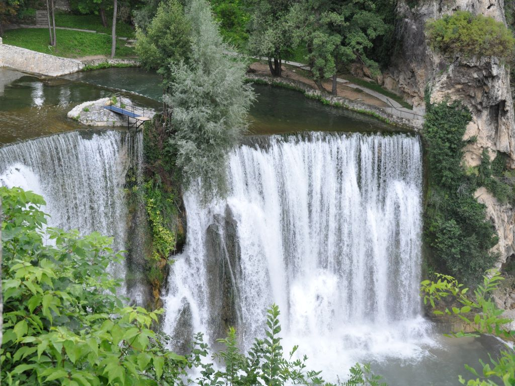 Day 03-12  Pliva Waterfalls, Jajce (普利瓦瀑布,亚依采)