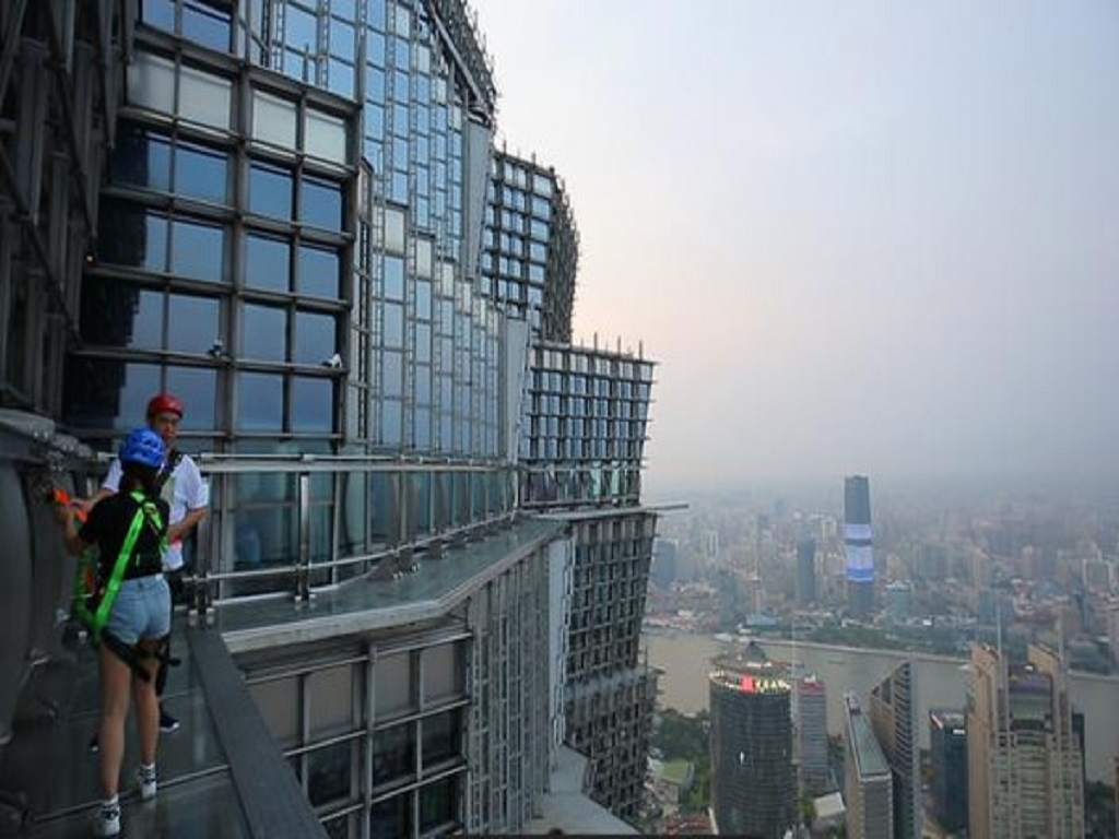 Shanghai World Financial Center 100th Floor上海环球金融中心100层玻璃步道