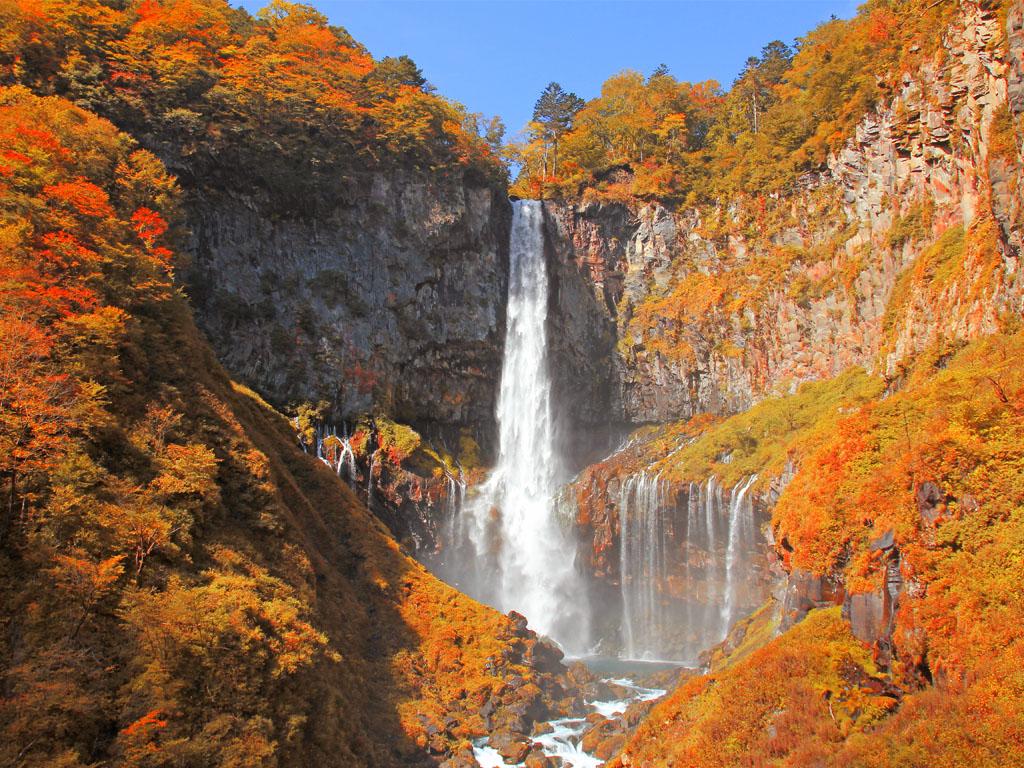 Kegon Falls (Autumn) / 华严瀑布