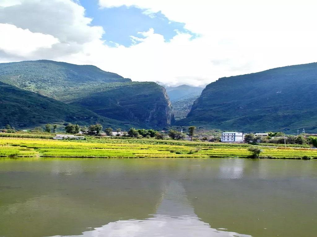 Shimenguan Scenic Area 石门关景区