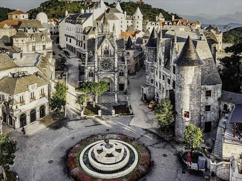 Ba Na Hills French Village.jpg.jpg
