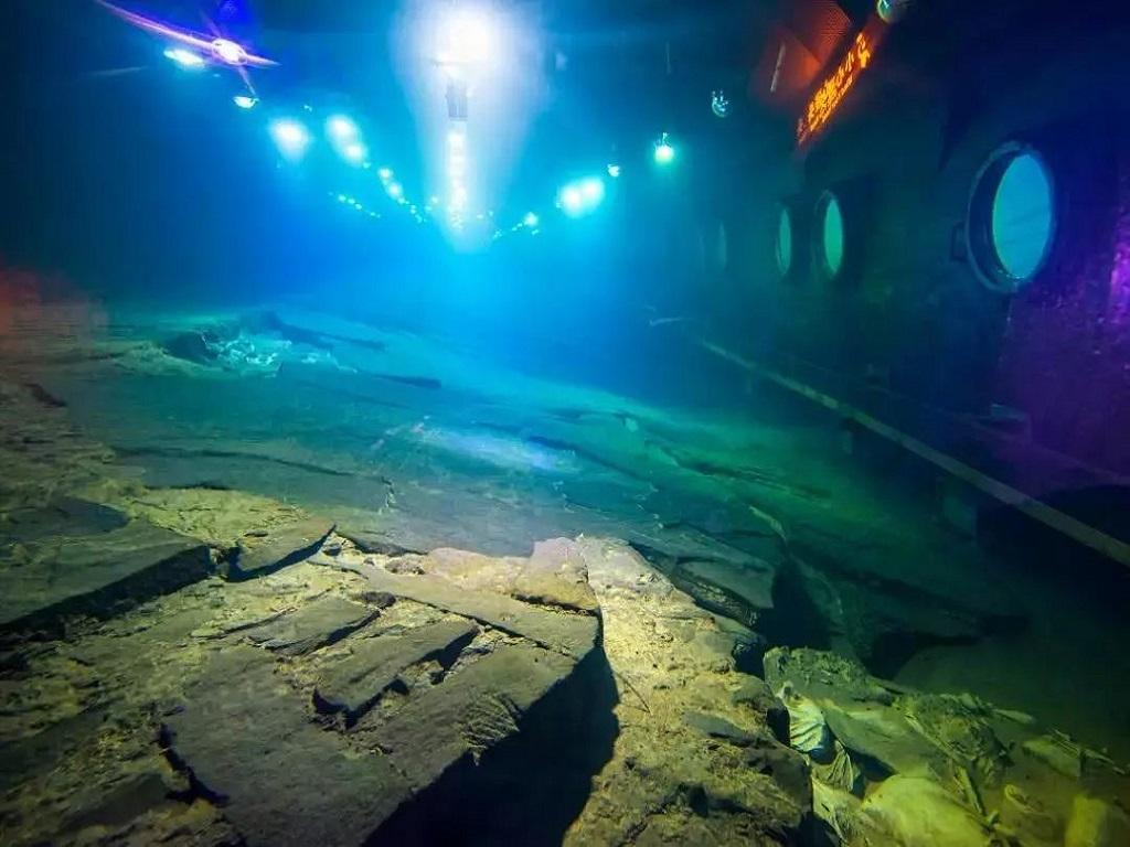 Baheliang Underwater Museum白鹤梁水下博物馆