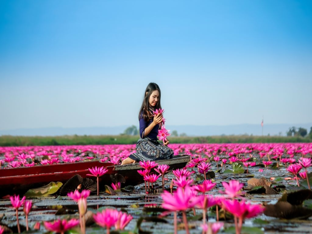 5D4N BANGKOK UDON THANI RED LOTUS - LAOS