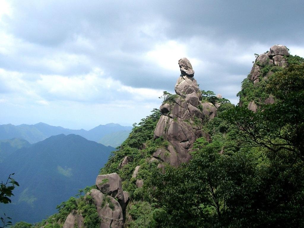 8D NANCHANG/LUSHAN/JINGDEZHEN/WUYUAN/ MOUNT SANQING/MOUNT LONGHU